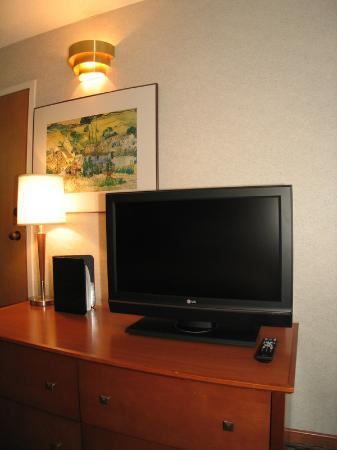 Comfort Inn: LCD FLAT SCREEN TV'S