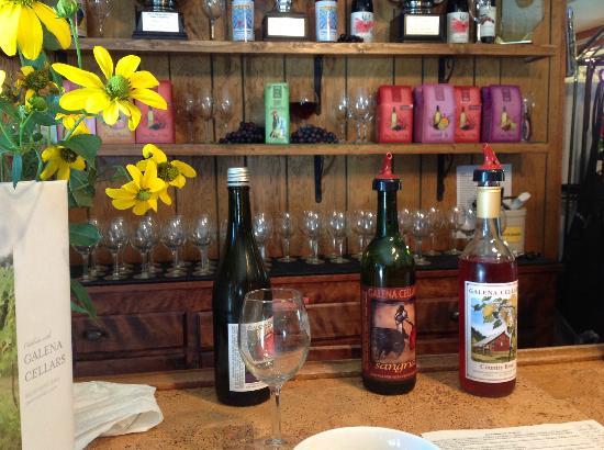 Iowa Wine Tours: Galena Cellars