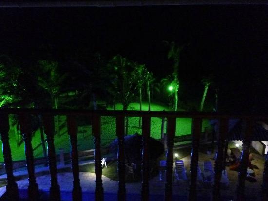 Melina Praia Hotel: Vista do quarto 35 noite