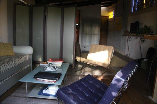 Colonia Suite: 6