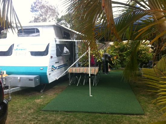 NRMA Treasure Island Holiday Resort: Just like being on a Movie Set. We loved the fake grass pads!!