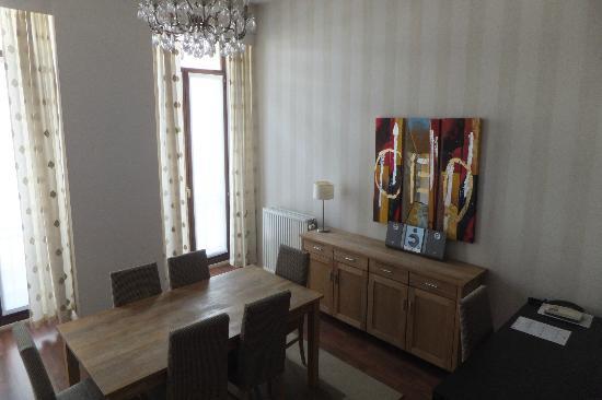 Thon Residence Florence : Salle à manger