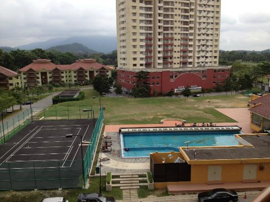 A Famosa Resort Hotel Melaka Facilities Tennis Court And Pool