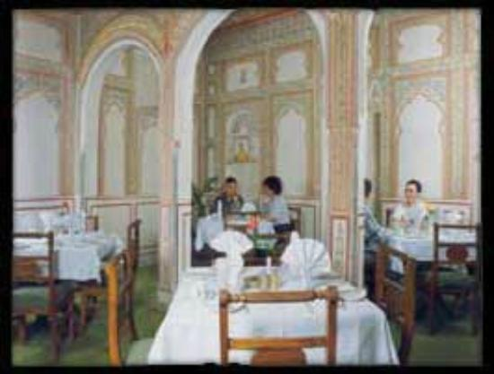 Hotel Chirmi Palace: Dinning Hall