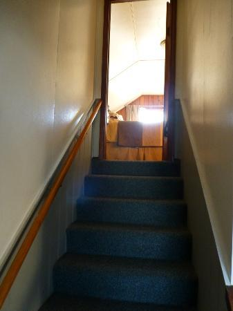 Wayside Lodge: Looking upstairs towards master bedroom