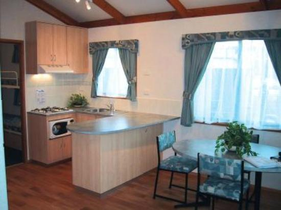 Cowes Caravan Park: Inside a Executive Cabin.