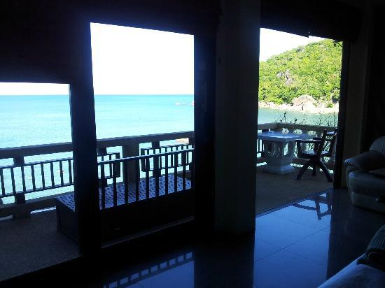 Crystal Bay Beach Resort: Delux sea view