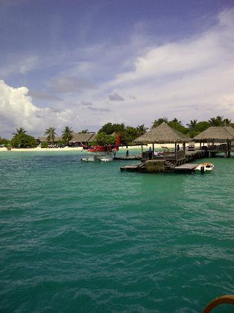 LUX* South Ari Atoll: Sea plane Parking