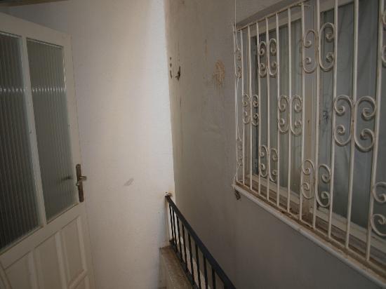 Vanilla Hotel: bedroom with balcony