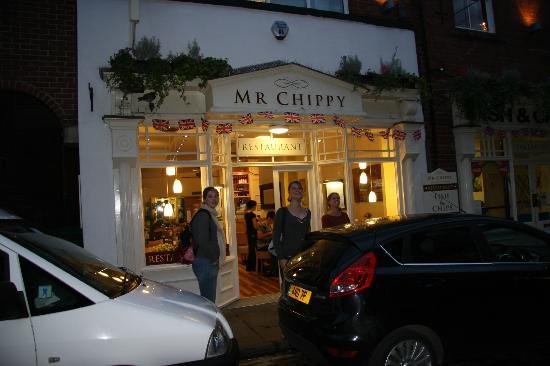 The Hook and Line: restaurant Mr Chippy