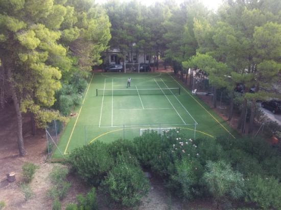 Hotel Portonuovo: Campo polivalente tennis/calcetto