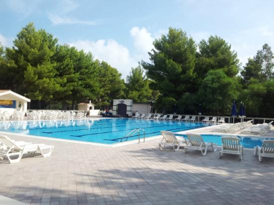 Hotel Portonuovo: Piscina