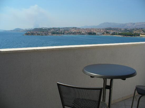 Pink Inn: Vue de la terrasse