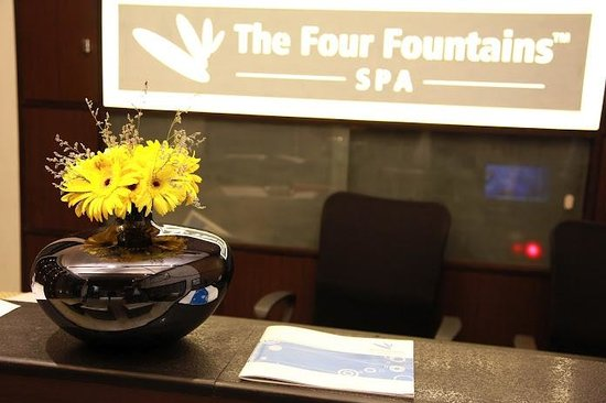 The Four Fountains Spa: Reception2