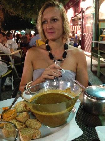 L'Oustau de la Mar: La soupe de poissons, croutons aillés et rouille (à se damner tellement elle est bonne!)