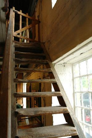 Caudwells Mill & Craft Centre: Staircase