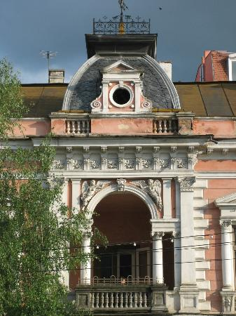 Cluj-Napoca, Romania: Cartel Alfa