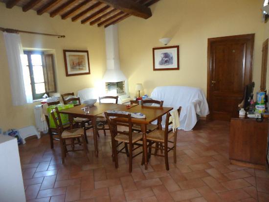 Villa Dini: Cuisine du grand appart.