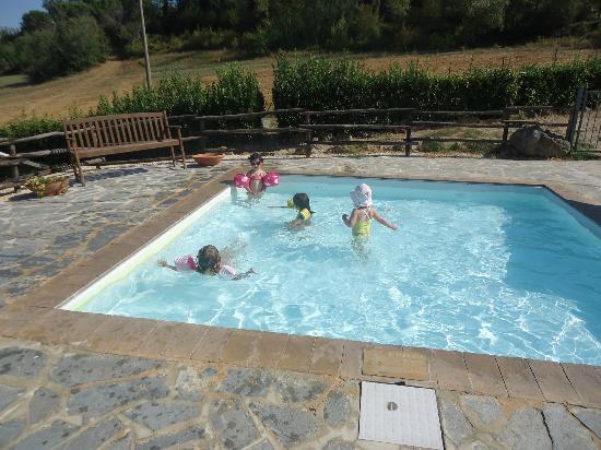 Villa Dini: Pataugeoire pour les petits