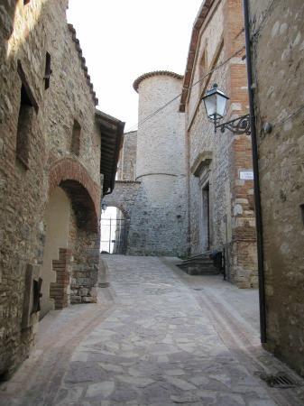 Il Castello di Sismano: Il Borgo
