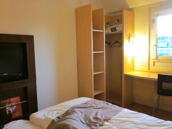 Ibis Deauville Centre : Basic room