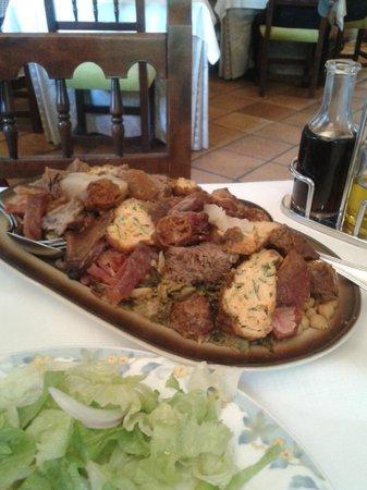 Cosgaya, Spain: Cocido Lebaniego para 2
