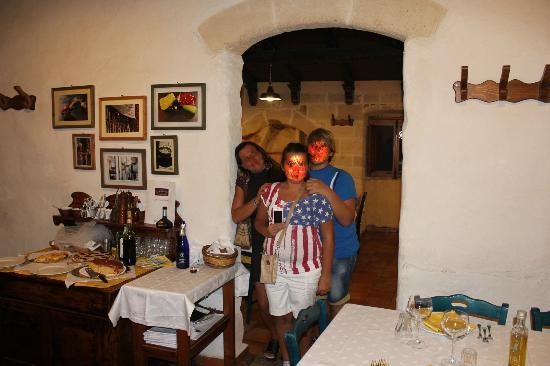 Casa Scesciola : Sala interna
