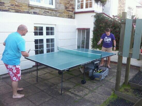 Bassets Acre Holiday Apartments: pingpong championships