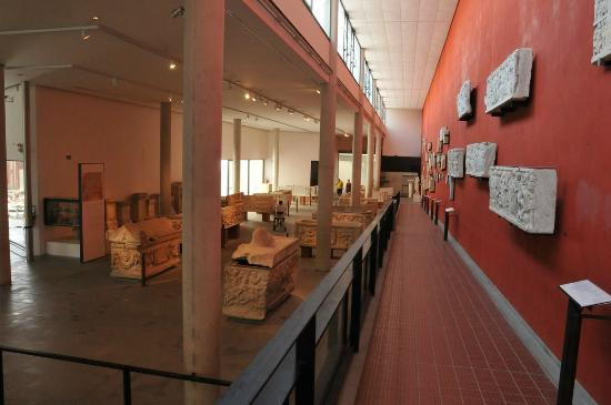 musee-de-l-arles-antique.jpg