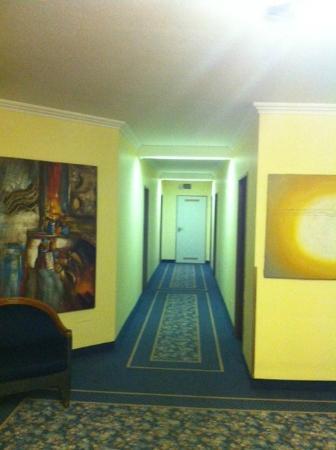 Hotel Duesseldorf City by Tulip Inn: Flur 2. Etage