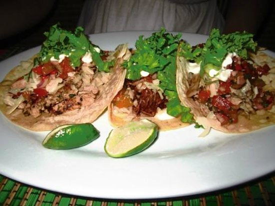 Taqueria Corona Restaurant: Really good pork and beef tacos