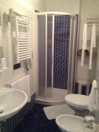 Hotel Bellini : bagno