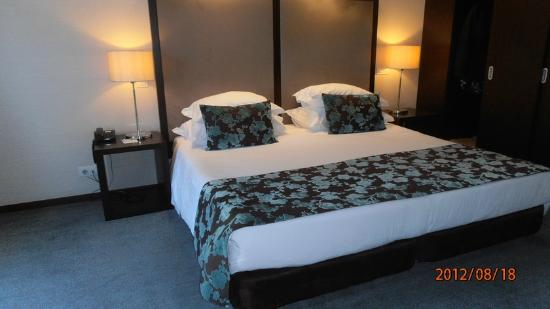 Dom Goncalo Hotel & Spa: CHAMBRE SUITE HOTEL DOM GONCALO FATIMA