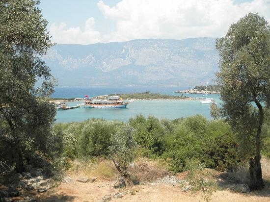Cleopatra Island: Looking out to the mainland