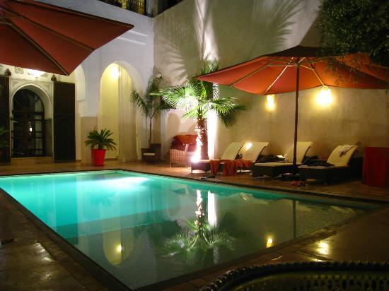 Riad Charai: piscine