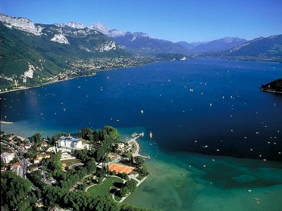 lac d 39 annecy vue a rienne photo de lac d 39 annecy annecy tripadvisor. Black Bedroom Furniture Sets. Home Design Ideas
