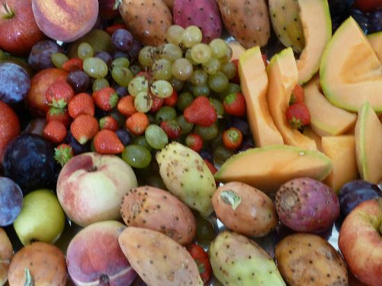 Hotel Villa Agnese: frutta a colazione