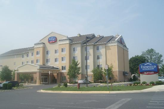 Fairfield Inn & Suites Strasburg Shenandoah Valley: Outdoor view of Hotel