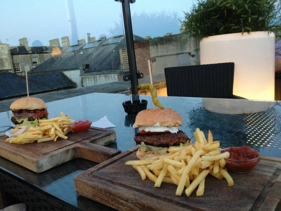 Hall & Woodhouse: Yummy burgers and a view!