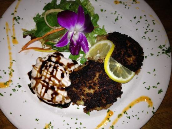 Frankie & Johnny's Natural : crab cakes