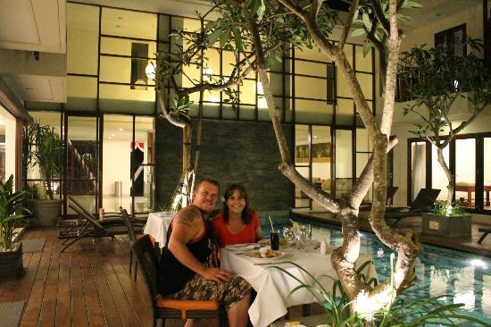 Sense Hotel Seminyak: enjoying dinner