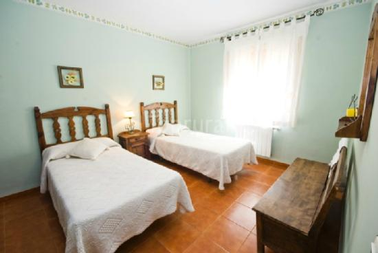 Casa Rural El Montaraz: Habitación