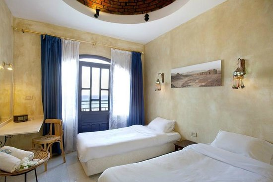 The Bedouin Moon Hotel: Sea View AC Room