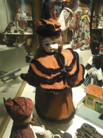 Josselin, Γαλλία: muñecas del museo