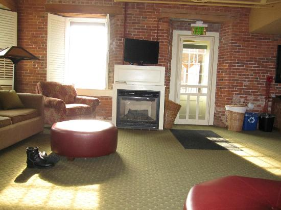 The Common Man Inn : The Suite