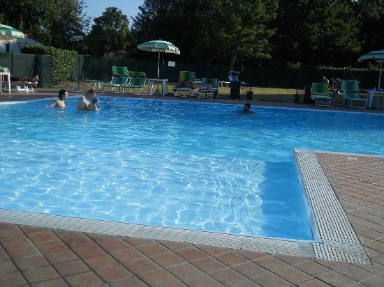 Hotel Centro Turistico Citta di Bologna: Piscina3