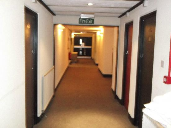 The Heights Hotel: corridor of hotel towards room