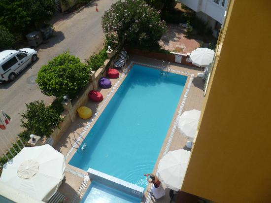 بينا هوتل: piscine 