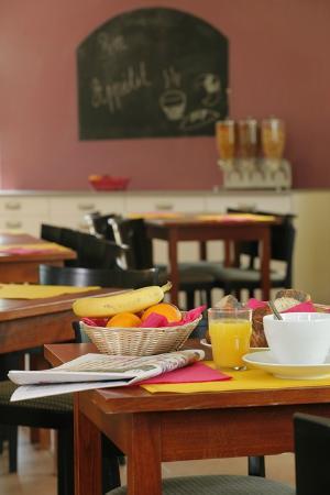 Hotel Resid'Price: La salle petit déjeuner