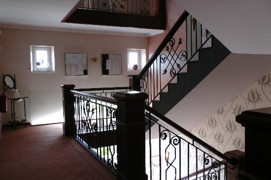 Hotel Sonnenhof : Staircase